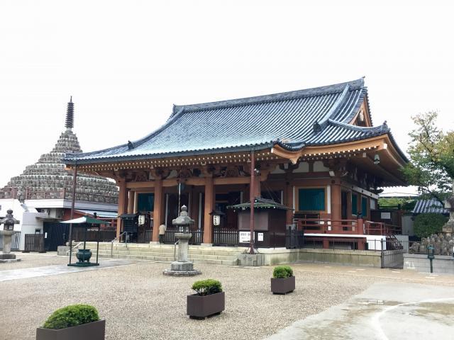 京都府壬生寺の本殿