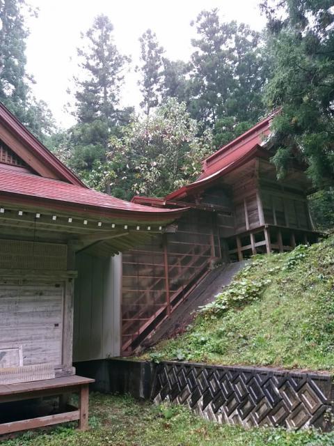 玉崎駒形神社の本殿