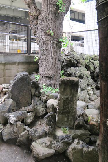 大原稲荷神社の建物その他