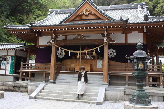 白山比咩神社の本殿