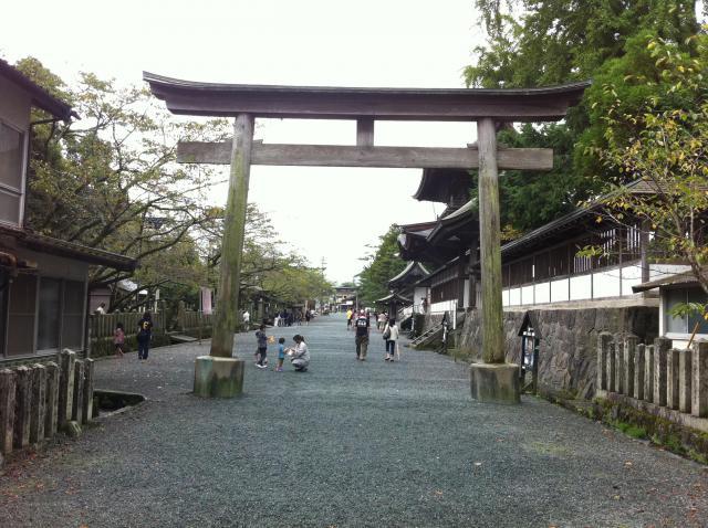 熊本県阿蘇神社の鳥居
