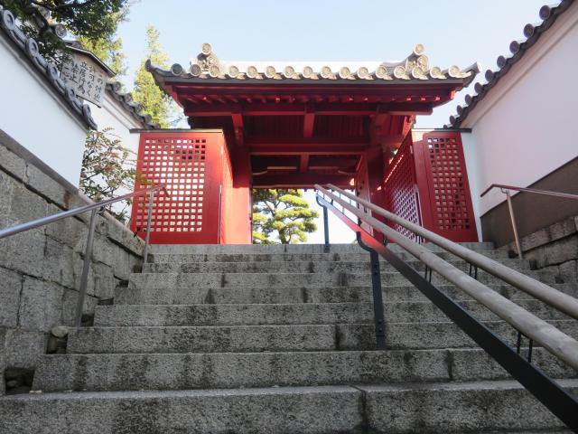 大阪府一心寺の山門
