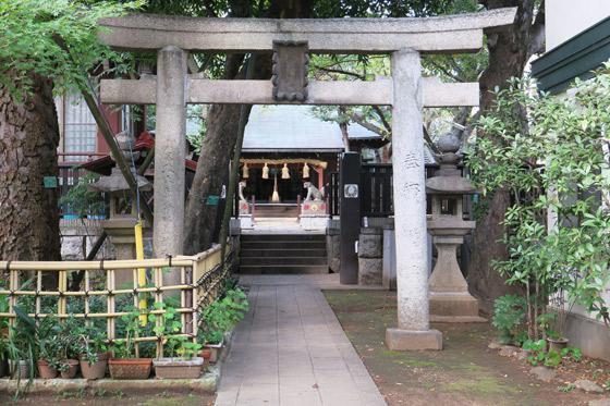 東京都多武峯内藤神社の鳥居