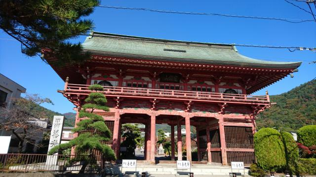 山梨県甲斐善光寺の本殿