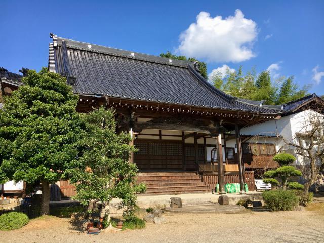 兵庫県本高寺の本殿