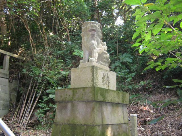 八幡神社(神奈川県北鎌倉駅) - 狛犬の写真