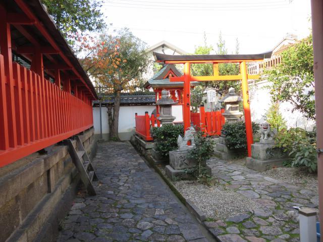 奈良県御霊神社の鳥居