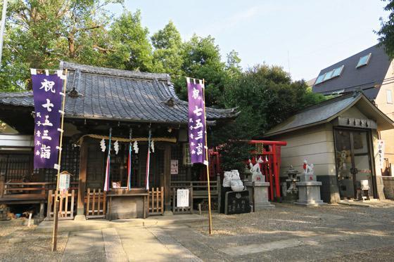 東京都池袋御嶽神社の本殿