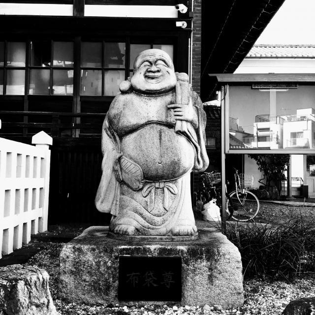 法禅寺の像