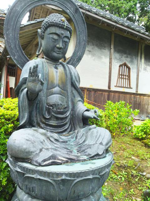 滋賀県梵釈寺の仏像