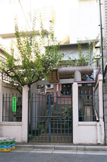 東京都八二神社の建物その他