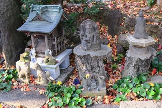 東京都澤蔵司稲荷(慈眼院)の像