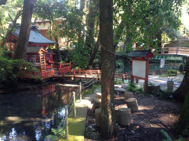 川上神社の末社