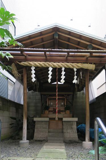 東京都二社神社の本殿