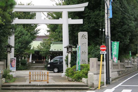 東京都下落合氷川神社の鳥居