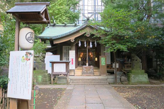 東京都稲荷鬼王神社の本殿
