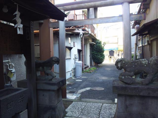埼玉県氷川神社の鳥居