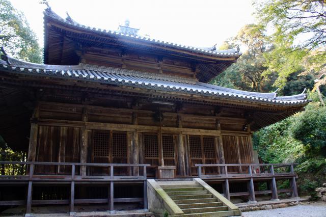 一乗寺の本殿