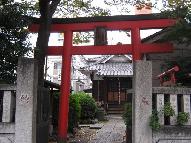 感應稲荷神社の鳥居