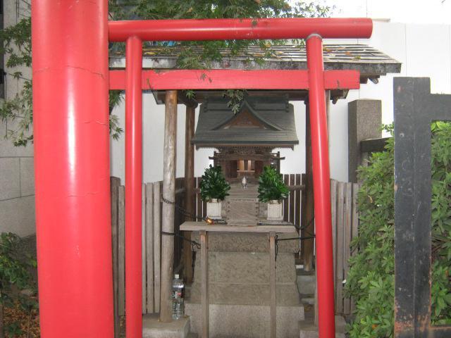 感應稲荷神社の末社