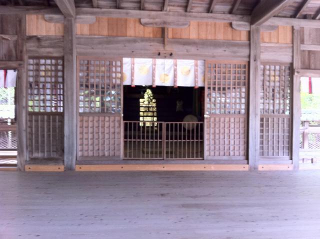山口県玉祖神社の本殿