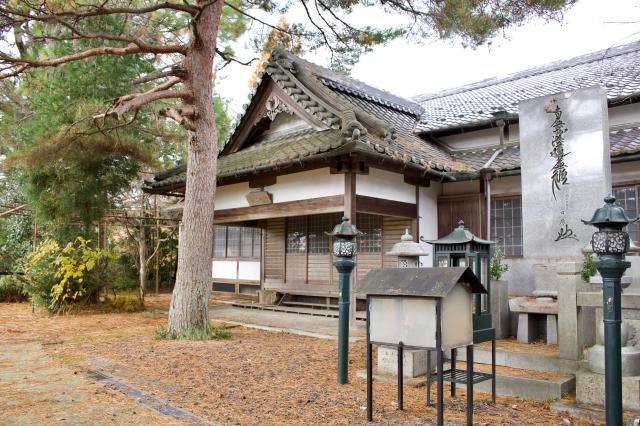 京都府総神寺の本殿