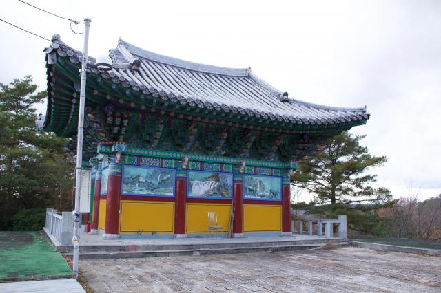 京都府高麗寺の本殿
