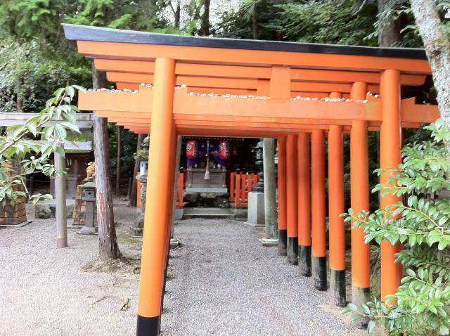 滋賀県建部神社の鳥居