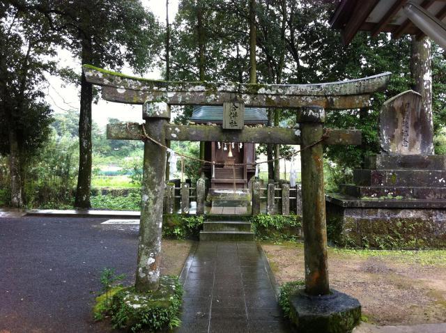 大分県西寒多神社の鳥居