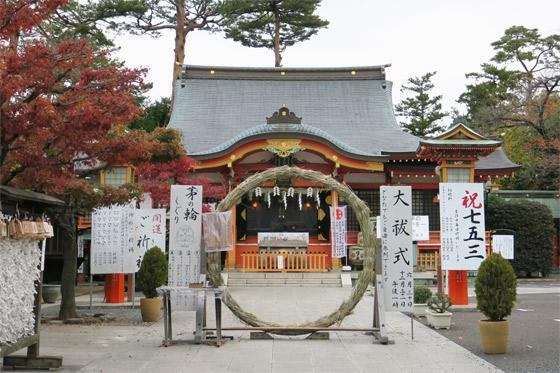 東京都東伏見稲荷神社の本殿