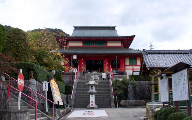 京都府聖法院の本殿