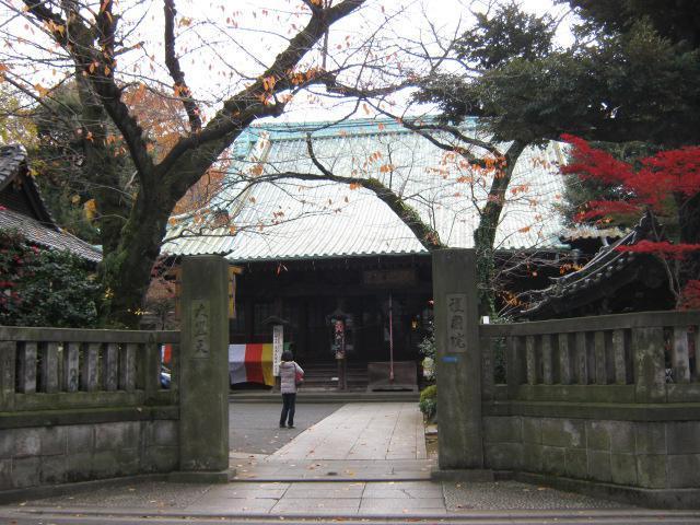 上野東照宮の近くの神社お寺|護国院