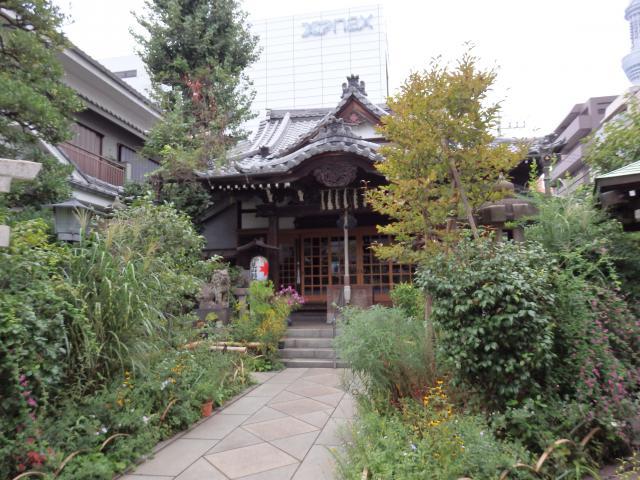 東京都能勢妙見山別院の本殿