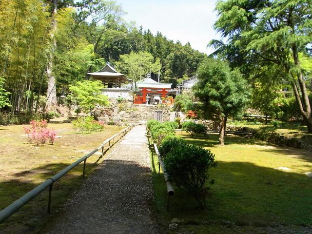 阿弥陀寺の山門