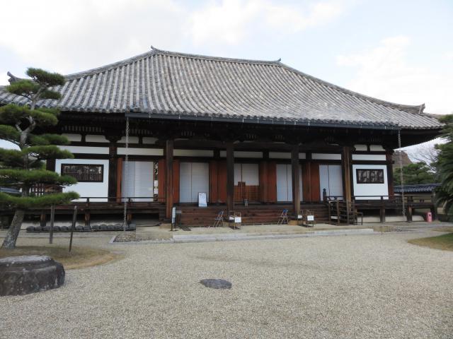 奈良県法華寺の本殿