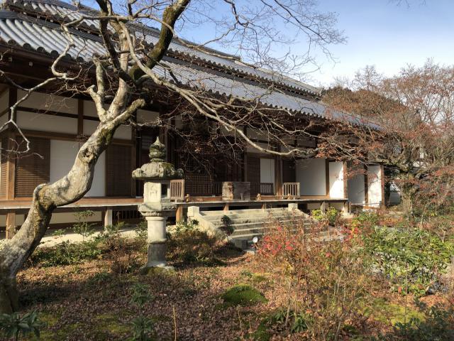京都府常寂光寺の本殿