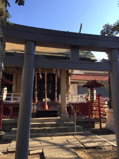 東京都皆中稲荷神社の鳥居