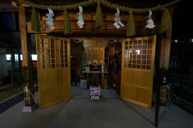 千葉県八坂神社の山門