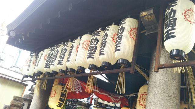 大阪府法善寺の本殿