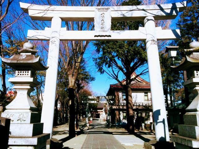 東京都八幡大神社の鳥居