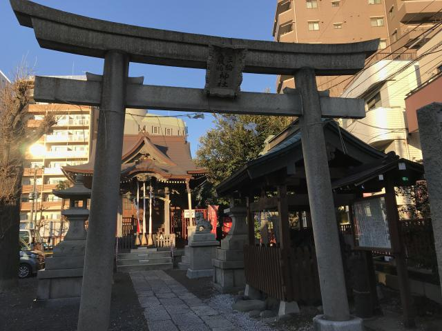 東京都三輪厳島神社(弁天神社)の鳥居