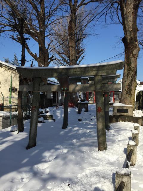 東京都篠塚稲荷神社の鳥居