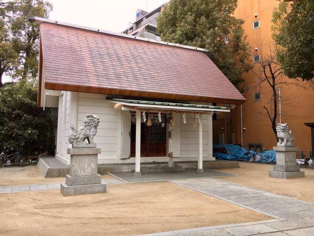 滝見稲荷社の近くの神社お寺|八阪神社