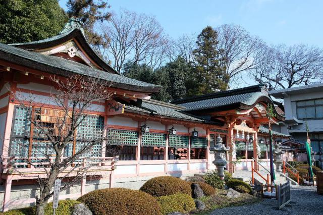 京都府西院春日神社の本殿