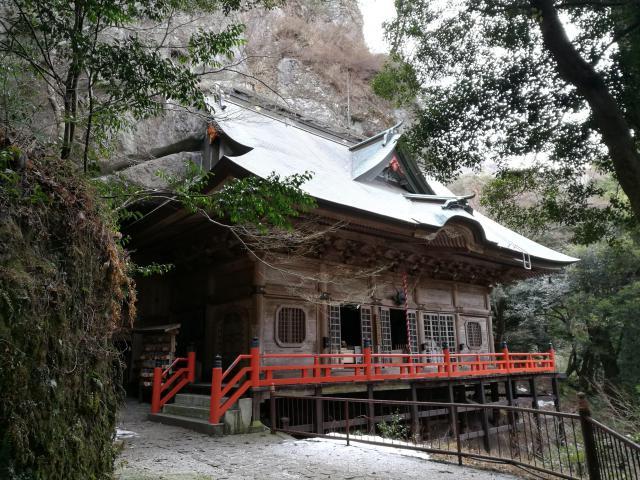 大分県両子寺の本殿