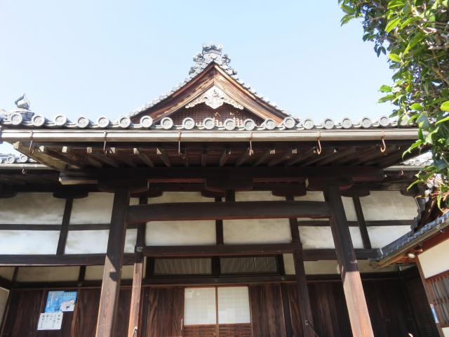 奈良県法徳寺の本殿
