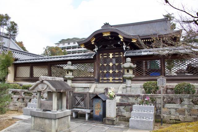 佛光寺本廟の本殿