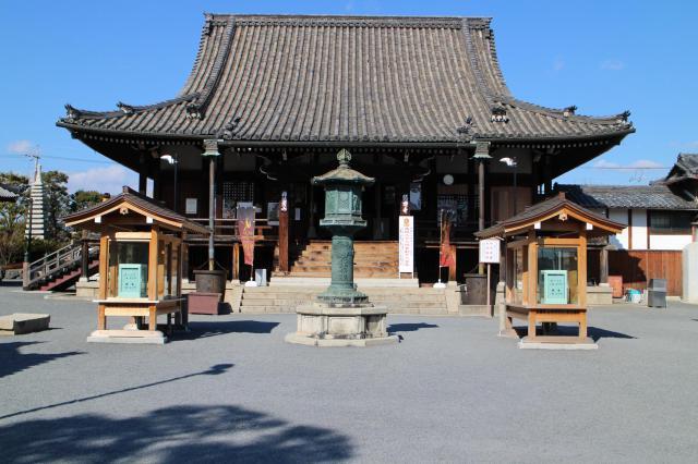 大阪府総持寺の本殿