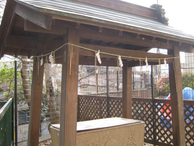 若宮八幡宮(神奈川県弘明寺(横浜市営)駅) - 手水舎の写真