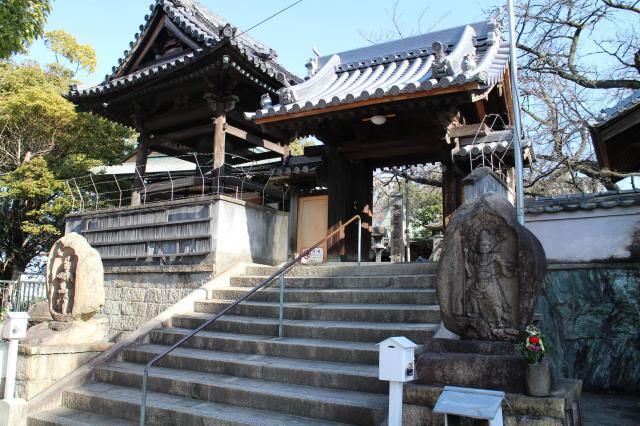正圓寺の山門